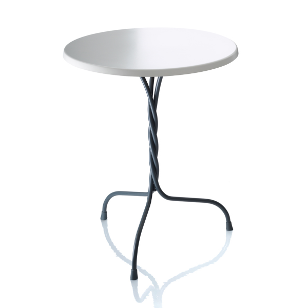 Magis Vigna Table