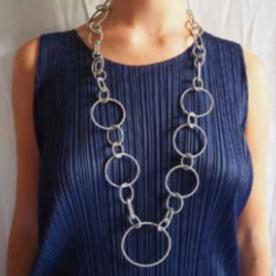 La Molla Oh Necklace
