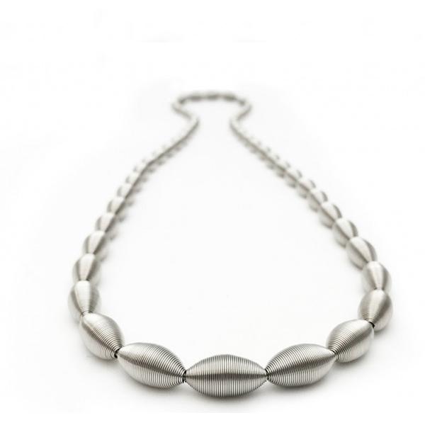 La Molla Lotus Necklace
