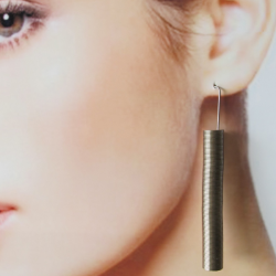 La Molla Snap Earring