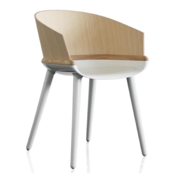 Magis Cyborg Ply Chair White frame/natural ash back