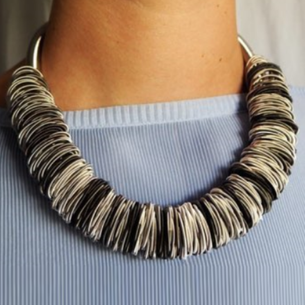 La Molla Maxi 1 Necklace Dark