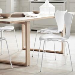 Fritz Hansen Series 7 Chair Monochrome