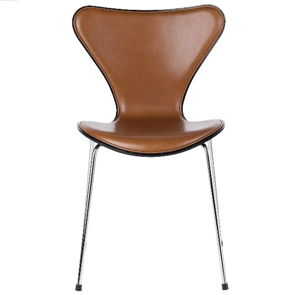 Fritz Hansen Series 7 Chair Front upholstered, leather