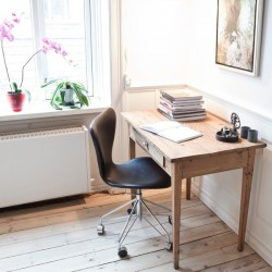 Fritz Hansen Series 7 Office Chair