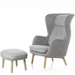Fritz Hansen Ro Easy Chair Wooden Base