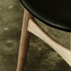 Carl Hansen & Søn CH33 Chair Leather