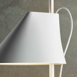Louis Poulsen Yuh Lamp