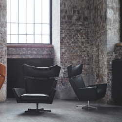 Fritz Hansen Oksen Lounge Chairs