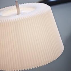 Le Klint Snowdrop Pendant Lamp