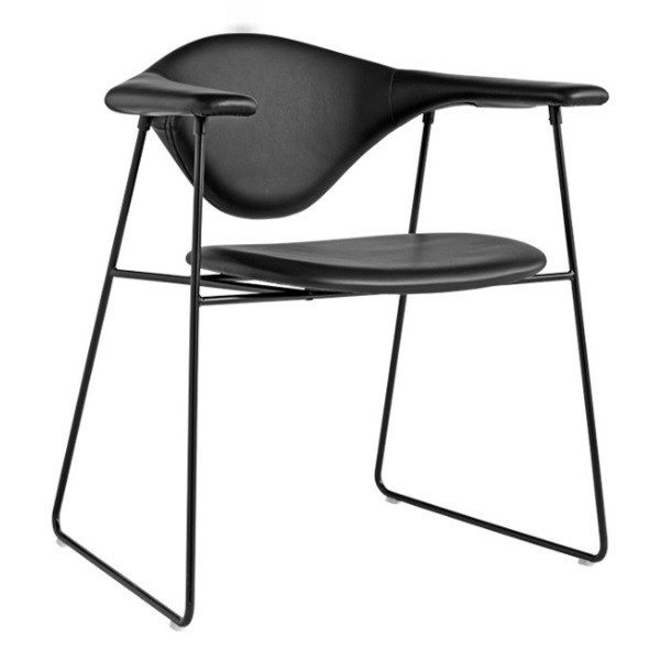 Gubi Masculo Dining Chair Sledge
