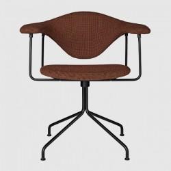 Gubi Masculo Meeting Chair - Fully Upholstered - Swivel base