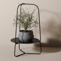 Woud Auka Flower Stand