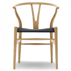 Carl Hansen & Søn CH24 Wishbone Chair/Black Paper Cord