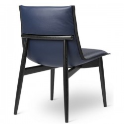 Carl Hansen & Søn Embrace E004 Chair