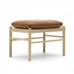 Carl Hansen & Søn OW149 Colonial Foot Stool