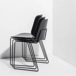 Mobel Scudo Chair