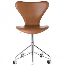 Fritz Hansen Series 7 Chair 3117, swivel chair, fully upholstered, leather