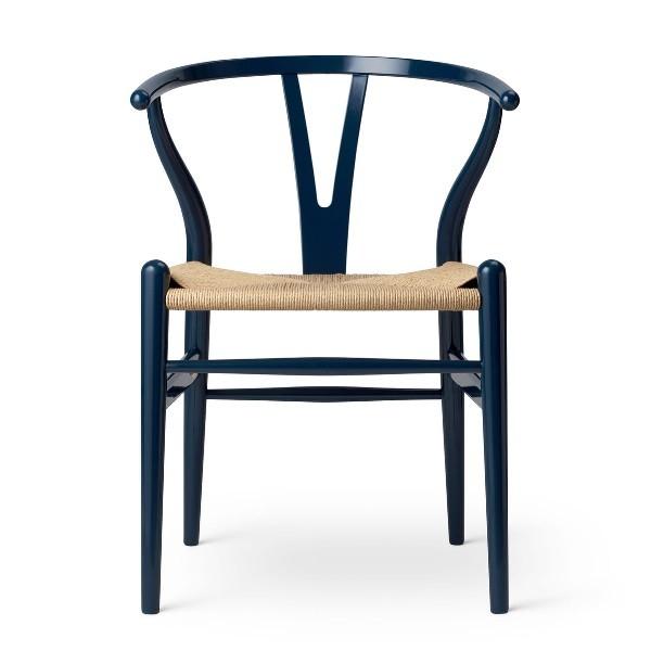 Carl Hansen & Søn CH24 Glossy Navy Blue. Wegner Birthday Edition