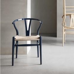 Carl Hansen & Søn CH24 Glossy Navy Blue. Wegner Birthday Edition