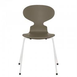 Fritz Hansen Ant Chair 2020,  3101 ( 4 Legs) Lacquered. white legs