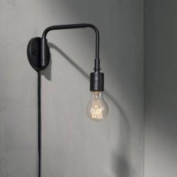 Menu Staple Wall Lamp