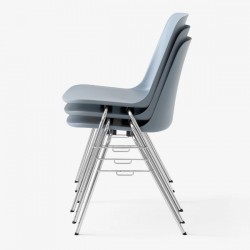 &Tradition Rely Chair HW26 Stackable Chair