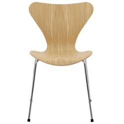 Fritz Hansen Series 7 Chair...