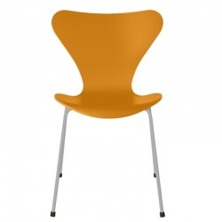 Fritz Hansen Series 7 Chair 3107 Lacquered